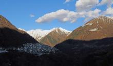 Premana - городок в предгорьях альп Северной Италии - здесь живёт Camp :)